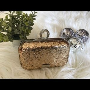 Handbags - Gold Solid Jewel by Thirty-One Clutch